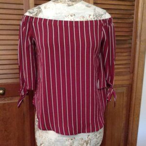 Off the shoulder stript top, Size Small